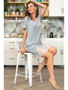Женская трикотажная сорочка из вискозы с коротким рукавом и кружевной отделкой