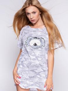 Серая женская короткая сорочка с принтом милитари и коала