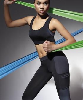 Женский спортивный черный топ для фитнеса