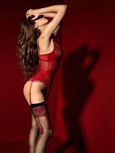 Роскошные соблазнительные чулки под пояс с красным фантазийным бантом и сердечком