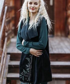 Флисовый теплый женский жилет с карманами
