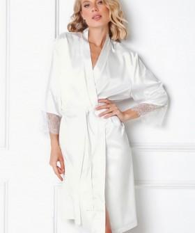 Белоснежный атласный женский халат с кружевными рукавами