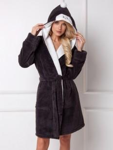 Теплый махровый женский халат с капюшоном в стиле пингвинчика