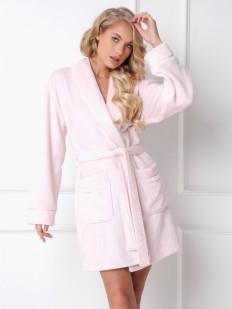 Розовый плюшевый женский халат с карманами