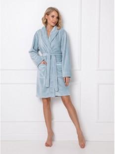 Уютный махровый женский халат с объемным узором