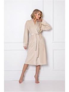 Длинный женский халат бежевого цвета с сатиновым блеском