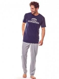 Хлопковая мужская пижама со свободными брюками и футболкой