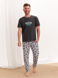 Хлопковая мужская пижама с мультяшным принтом на брюках и футболкой