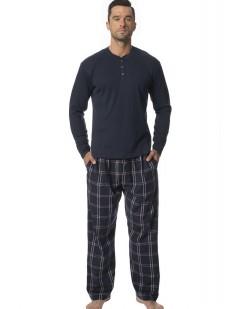 Мужская пижама с фланелевыми брюками и трикотажной кофтой