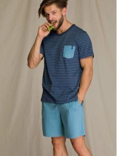Летняя мужская пижама с шортами и футболкой в полоску с нагрудным карманом