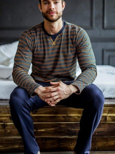 Хлопковая мужская пижама: кофта в полоску и брюки