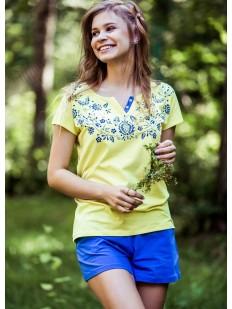 Женская летняя хлопковая пижама с шортами и яркой футболкой