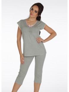 Трикотажная женская пижама с футболкой и бриджами