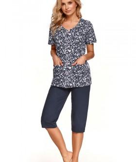 Пижамный комплект из хлопка: брюки капри и рубашка с коротким рукавом