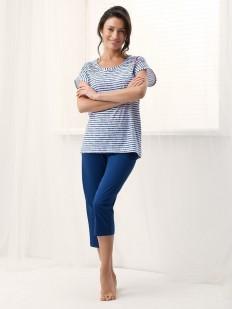 Хлопковая женская пижама с брижами и полосатой футболкой