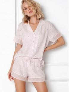 Светлая женская пижама с шортиками и рубашкой на лето