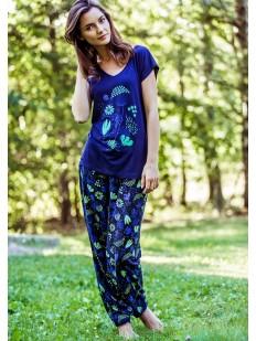 Женская синяя трикотажная пижама из вискозы с цветочным принтом