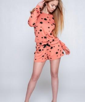 Женская пижама со звездами: шорты и кофта в коралловом цвете