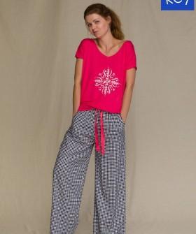 Женская пижама с широкими клетчатыми штанами из вискозы