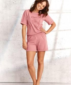 Женская пижама с однотонной футболкой и шортами их хлопка