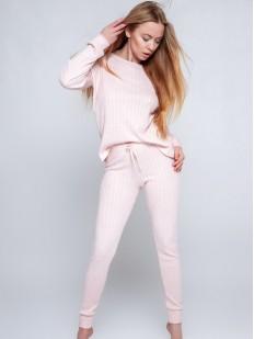 Женский трикотажный комплект для дома: брюки и кофта в светло-розовом цвете