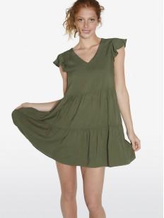 Короткое зеленое пляжное платье свободного кроя