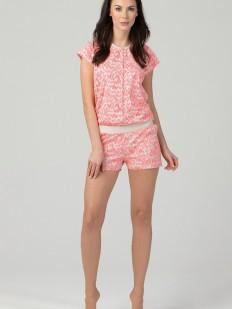 Короткий розовый домашний комбинезон с шортами