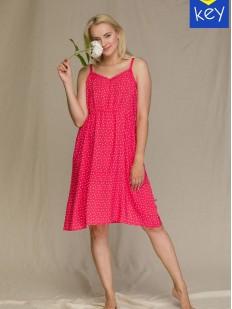 Летнее розовое платье свободного кроя на тонких бретелях