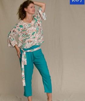 Цветной женский комплект для дома: блузка и штаны из вискозы