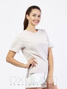 Бежевая женская футболка из хлопка со спущенным рукавом