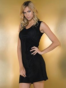 Короткое женское черное платье из вискозы на лето