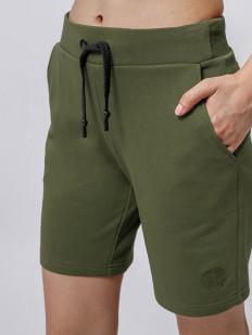 Удлиненные женские шорты цвета хаки с карманами
