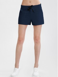 Короткие женские темно-синие шорты с карманами