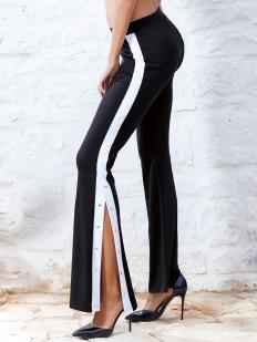 Расклешенные женские брюки с боковыми разрезами