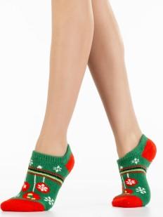 Короткие новогодние женские носки с елочными игрушками в подарок