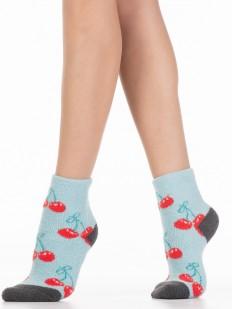 Махровые голубые женские носки с вишенками