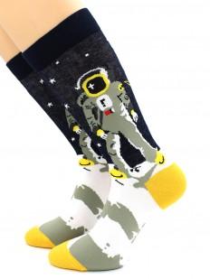 Выскокие цветные носки с космонавтом на Луне