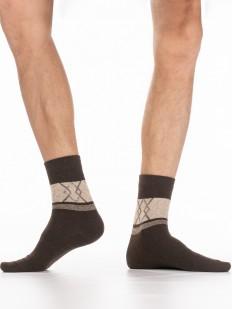 Теплые мужские носки с ангорой и контрастной вставкой с ромбами