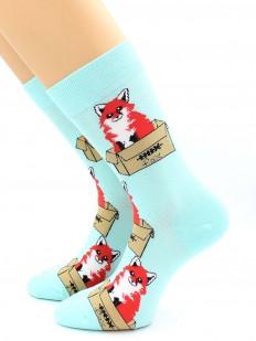 Разноцветные высокие носки с лисичками в коробке
