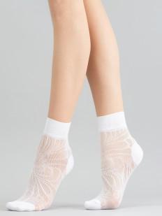 Капроновые женские носки с оригинальным цветочным узором