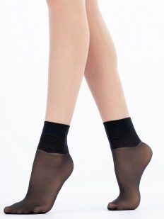 Детские капроновые носочки с растительным узором
