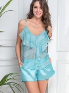 Женская летняя пижама с рюшами и атласными шортами