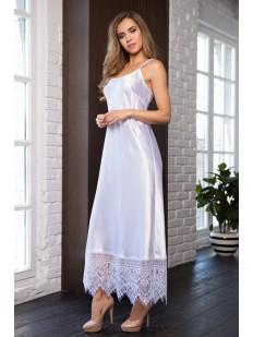 Длинная атласная белая женская сорочка платье с кружевной отделкой